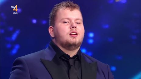 Videosnack: Nick Nicolai zingt This Is A Man's World (Holland's Got Talent finale)