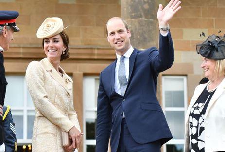 Prins William siert cover homoblad Attitude