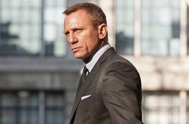 Daniel Craig gaat minder stunten in Bond-film