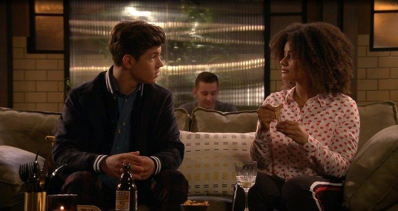 Hoe speed dating evenementen te bevorderen