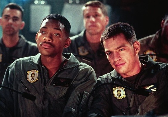 Independence Day: Aliens meppen met Will Smith