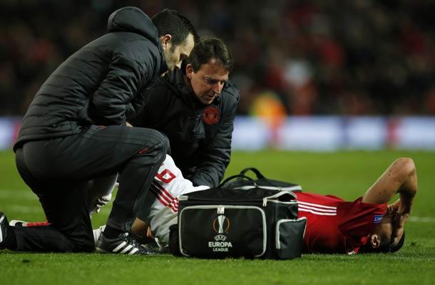 Zlatan Ibrahimovic loopt ernstige knieblessure op