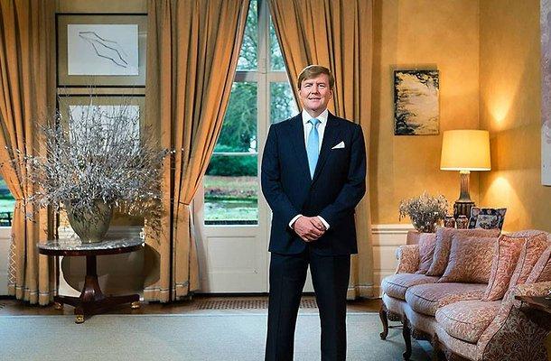 De TV van gisteren: NOS scoort met interview koning